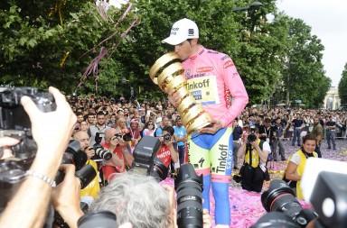 Giro d'Italia, tappa 21. Premiazioni. Milano, 30 Maggio 2015. ANSA/FLAVIO LO SCALZO