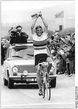 Uwe Ampler w 1987r, fot. wikimedia commons, Bundesarchiv, Bild 183-1987-0725-018 / CC-BY-SA